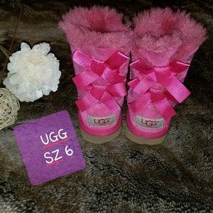 UGG Baby girl hot pink UGG US size 6